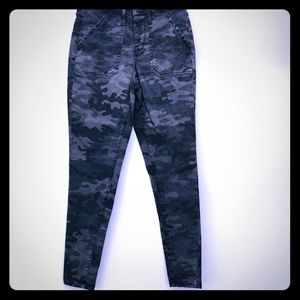 NWT🌟MOSSIMO High Rise Jegging Camo 00/24